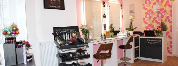 NEU * make-up room berlin